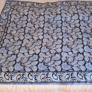 Vintage Gorgeous Large Silk Scarf 90 x 90 cm